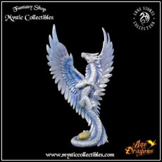 Beeld Silver Dragon Adult - Anne Stokes - Age of Dragons (Draak - Draken)